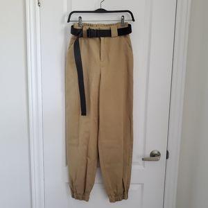 Mint Condition Aritzia TNA Cargo Pants